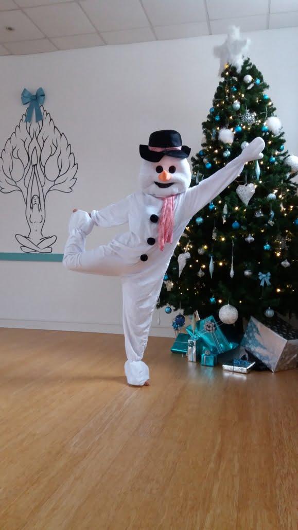 2018 Christmas Snowman Tring Yoga Studio