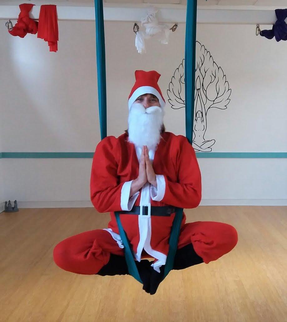 Aerial Yoga Santa at Tring Yoga Studios_13